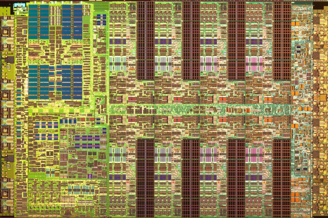 The Cell processor – note the two rows of four SPEs on the right